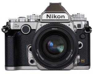 Delantera de la Nikon DF